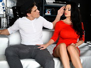 Aletta is a real movie diva, but even she needs some private rehearsal from time to time... ...