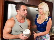 Gigi Allens stops by her boyfriend's friend's, Johnny's, house to cheer him up ...