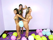 This week on Money Talks we challenge some ladies to pop some balloons. Of course first they ...