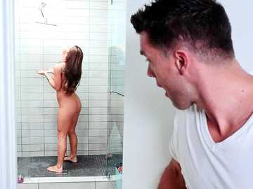 Would you like to have a shower with naughty Evelin Stone?