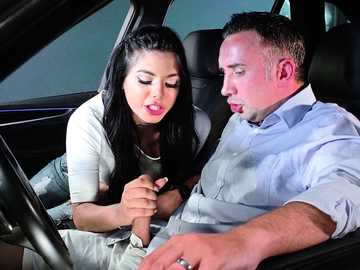 Gina Valentina sucks extra cash from Keiran Lee giving him a deepthroat bj